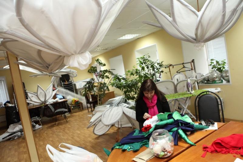 Подготовка к новогодним ёлкам вышла на финишную прямую  Elka1010