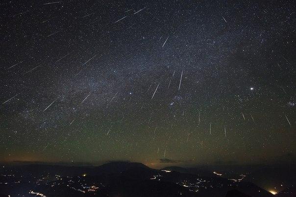 23 мая на Землю обрушится мощный метеорный поток V7cxfd10