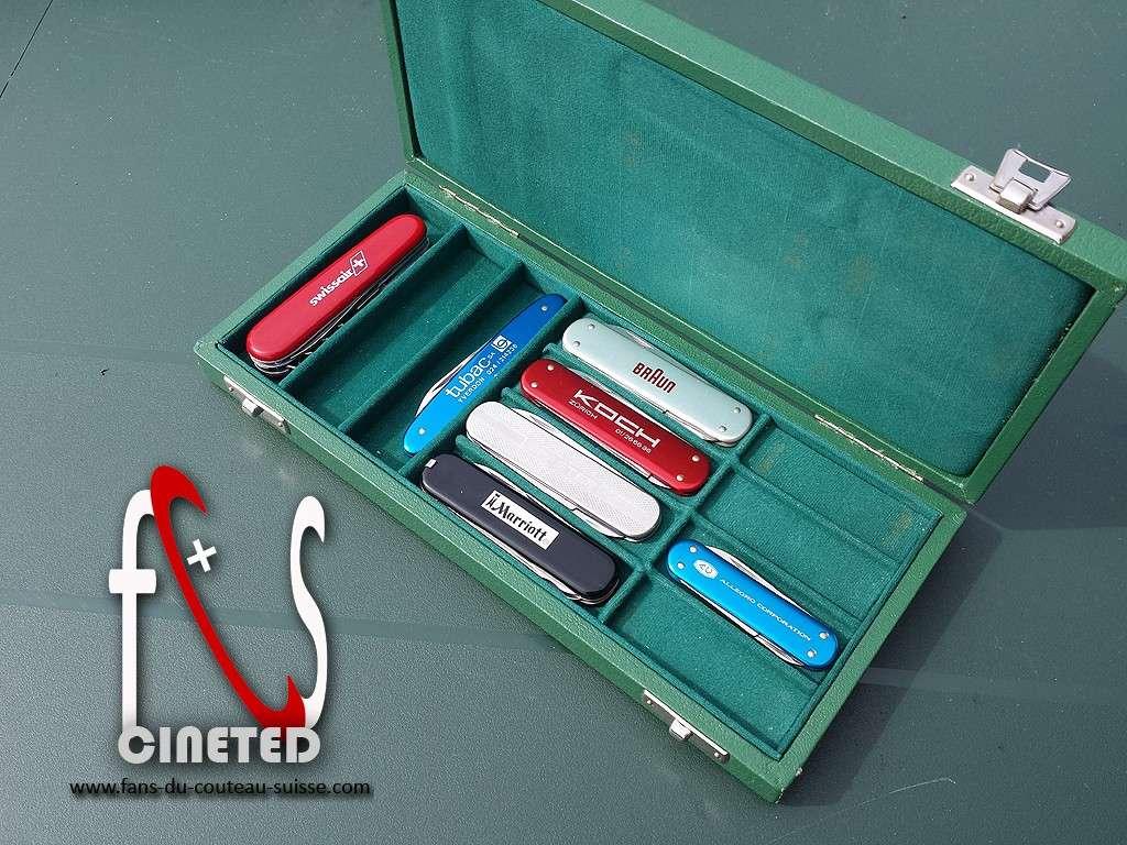Coffret petits couteaux publicitaire de representant Victorinox 1977 Coffre11