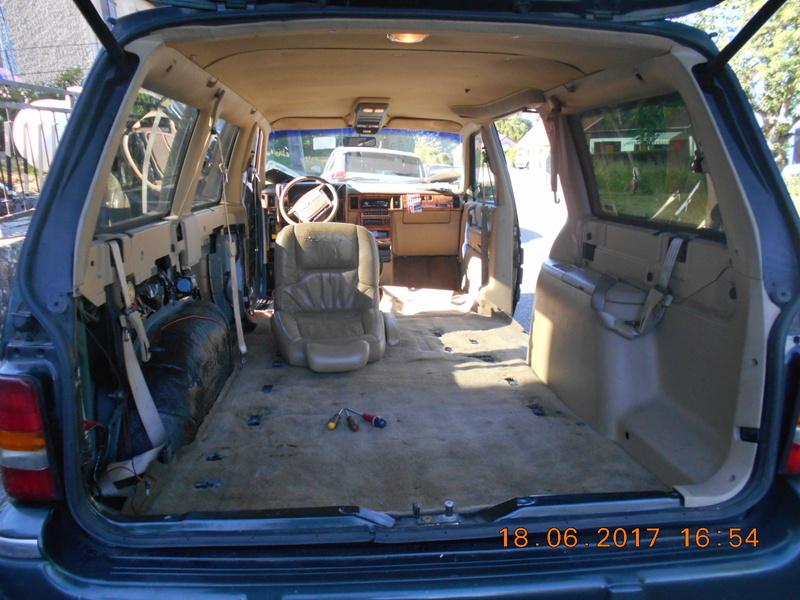 mon dodge grand caravan 3.3 v6 1993 - Page 6 Dscn0655