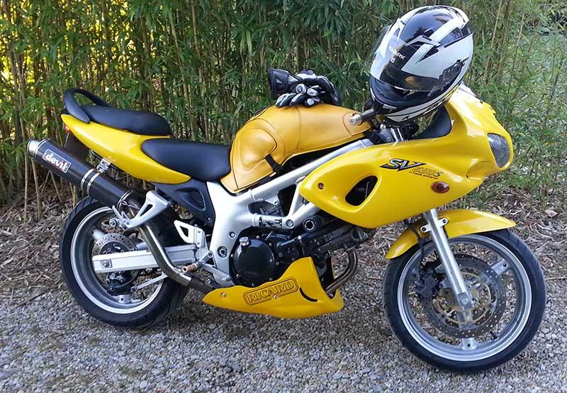 Ma jaune Sv_ric10