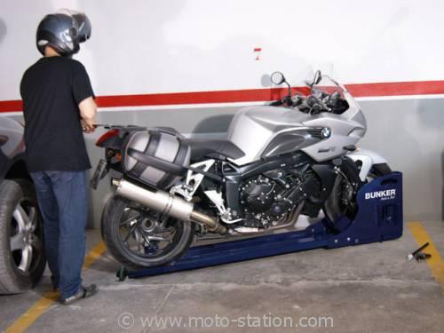 Bunker Park and Roll, l'antivol moto scooter pour parking 00294