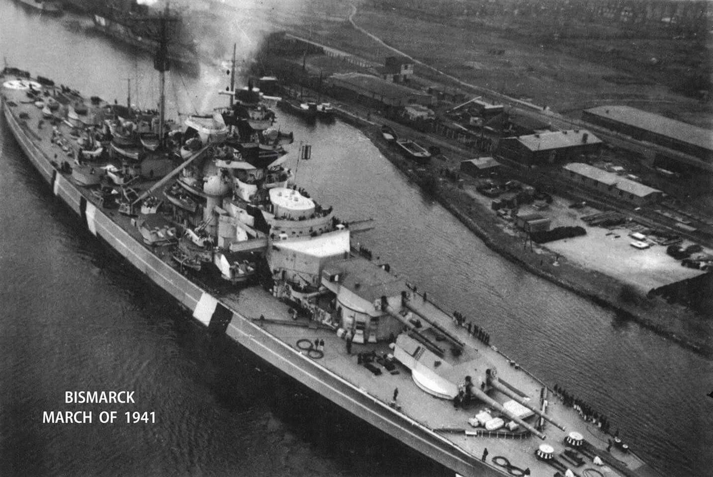 Bismarck Revell Premium 1/350 - Page 4 6605d111