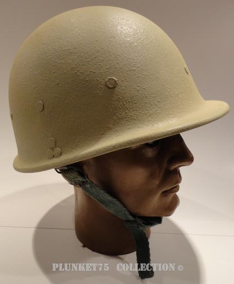 A pair of Iraqi M80/3 helmets Iraqi_20