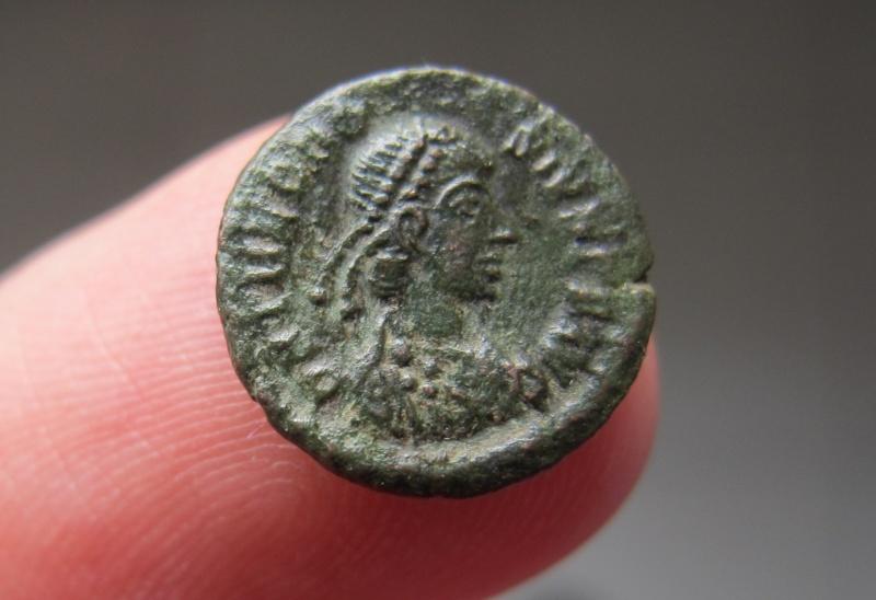 Nummus de THEODOSE I et de VALENS à vendre Img_3712