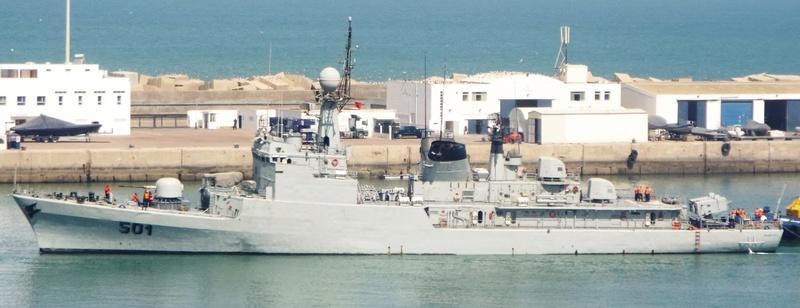 Royal Moroccan Navy Descubierta Frigate / Patrouilleur Océanique Lt Cl Errahmani - Bâtiment École - Page 3 Descub13