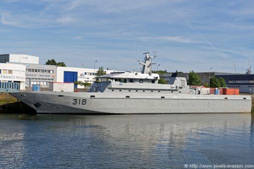 Royal Moroccan Navy Patrol Boats / Patrouilleurs de la Marine Marocaine - Page 12 Dsc_7413