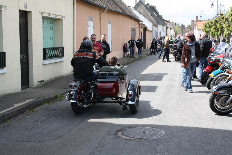 2ème Rassemblement American Legend , voitures et motos anciennes à LORMAYE 28.  - Page 2 Img_2197