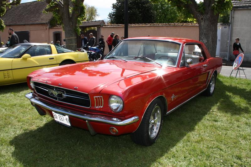 2ème Rassemblement American Legend , voitures et motos anciennes à LORMAYE 28.  Img_2351