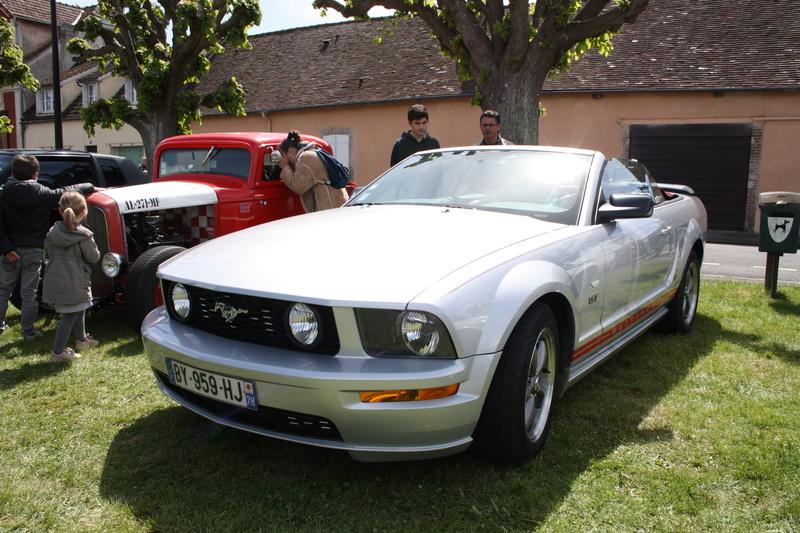 2ème Rassemblement American Legend , voitures et motos anciennes à LORMAYE 28.  Img_2353