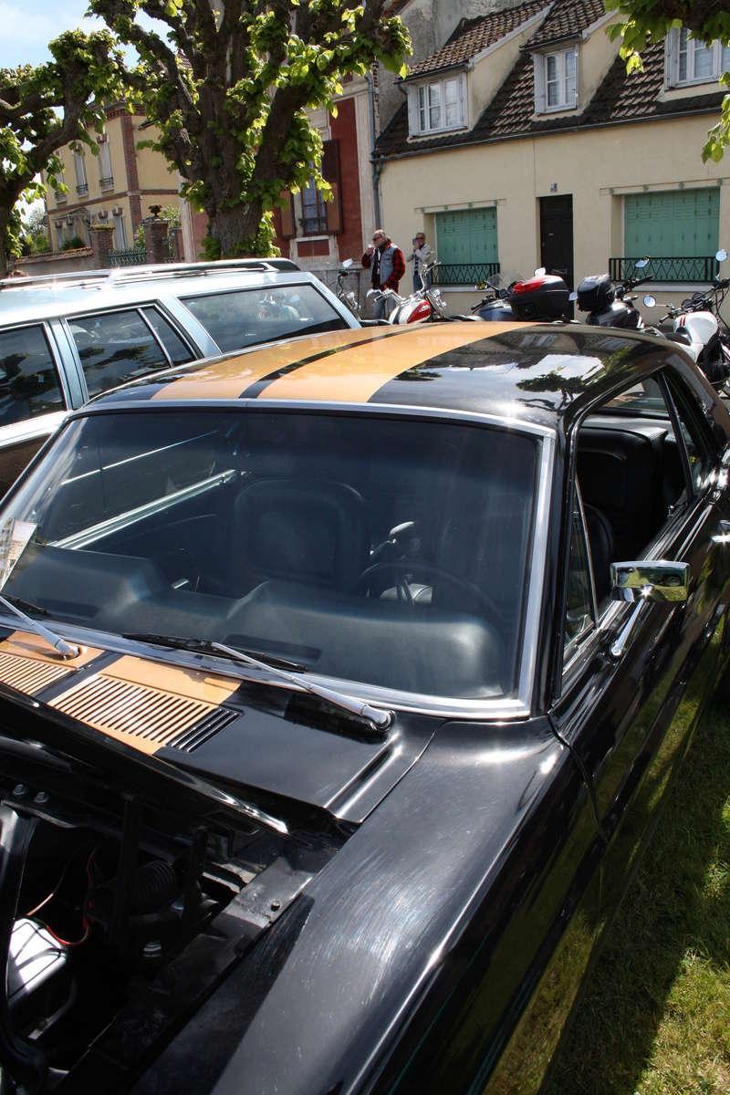 2ème Rassemblement American Legend , voitures et motos anciennes à LORMAYE 28.  Img_2364