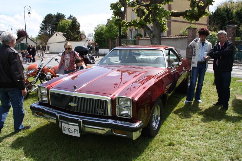 2ème Rassemblement American Legend , voitures et motos anciennes à LORMAYE 28.  Img_2367