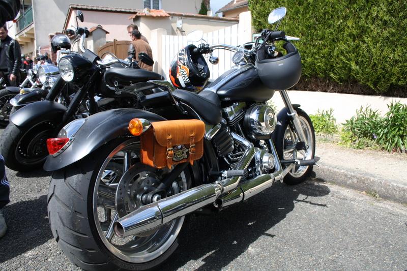2ème Rassemblement American Legend , voitures et motos anciennes à LORMAYE 28.  - Page 2 Img_2382