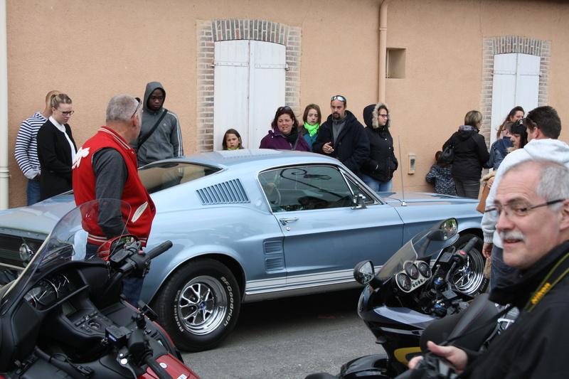 2ème Rassemblement American Legend , voitures et motos anciennes à LORMAYE 28.  - Page 2 Img_2416