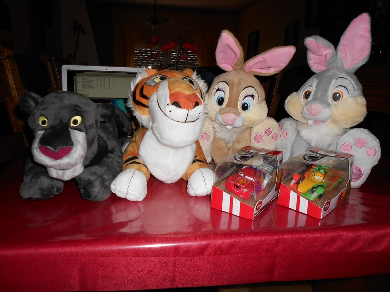 Commandes Groupées Disney Store US Dscn0919