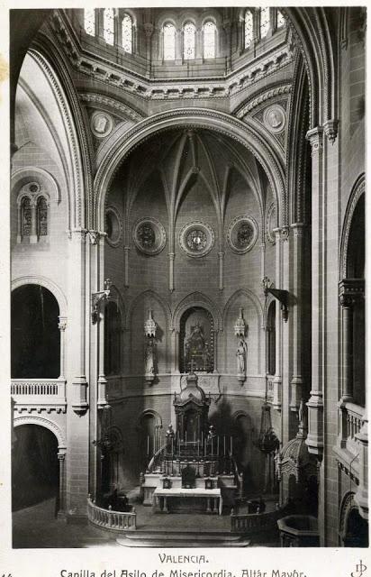 Nuevas fotos encontradas en la red de la Casa de la Misericordia Altar_10