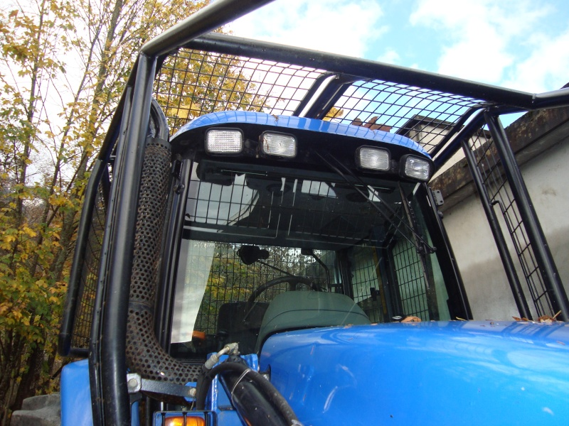 tracteur forestier New Holland TM155 Dsc08323
