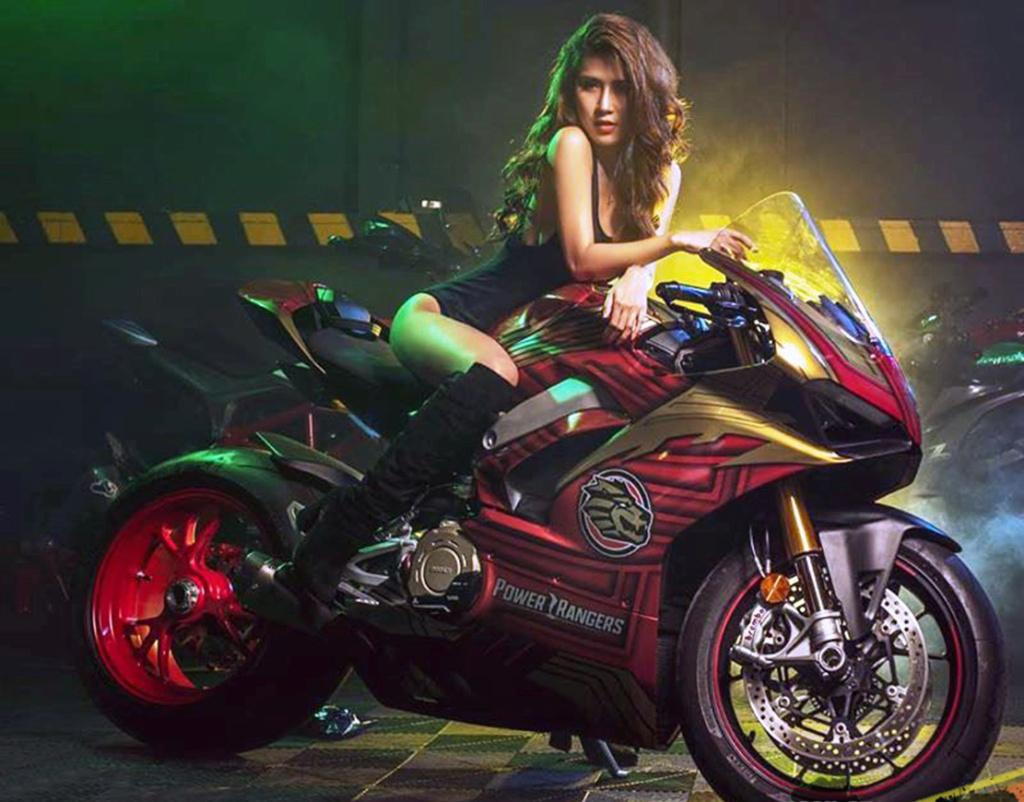 Dites bonjour à la demoiselle.... - Page 35 Ducat100