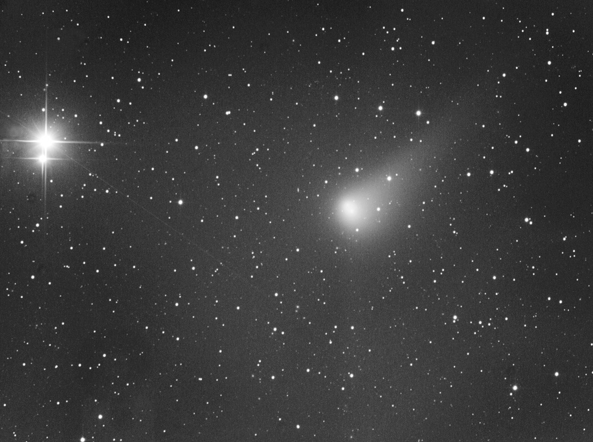 Comètes - Page 18 C2015e10