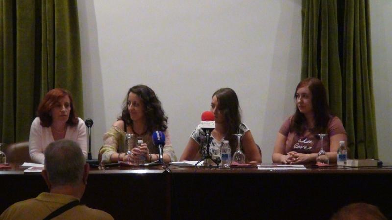 """Video: presentación del libro """"150 Rosas"""" - Arahal 2013 Dsc00710"""