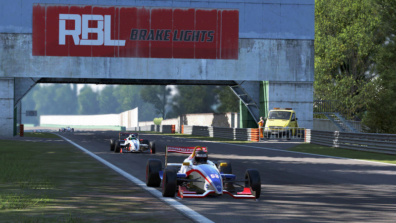 DSRL Formula 3 Euro Series, Round 2: Monza GP (19th February) - Page 2 Fc_110