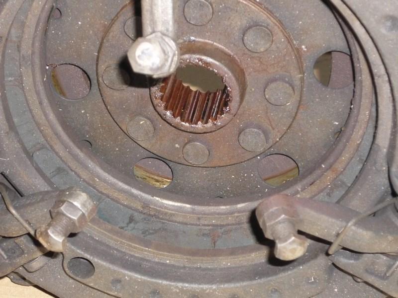 restauration - Restauration de mon Massey 825 (1961, moteur Perkins A4.107) P1030617