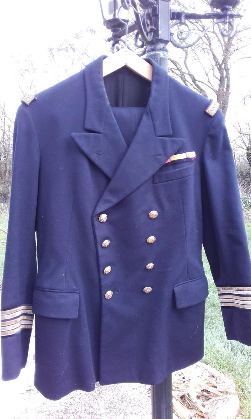 [Les traditions dans la Marine] Tenue dans la Marine- Tome 02 - Page 38 41610