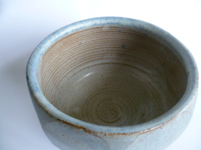 An uncommonly nice Hawkshead Pottery Bowl 11 x 15 cm - Guest Potter Perhaps P1230510
