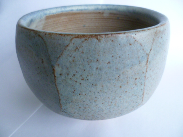 An uncommonly nice Hawkshead Pottery Bowl 11 x 15 cm - Guest Potter Perhaps P1230512
