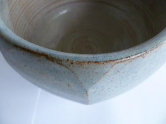 An uncommonly nice Hawkshead Pottery Bowl 11 x 15 cm - Guest Potter Perhaps P1230513