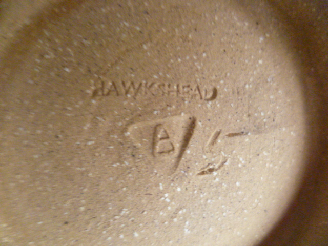 An uncommonly nice Hawkshead Pottery Bowl 11 x 15 cm - Guest Potter Perhaps P1230514