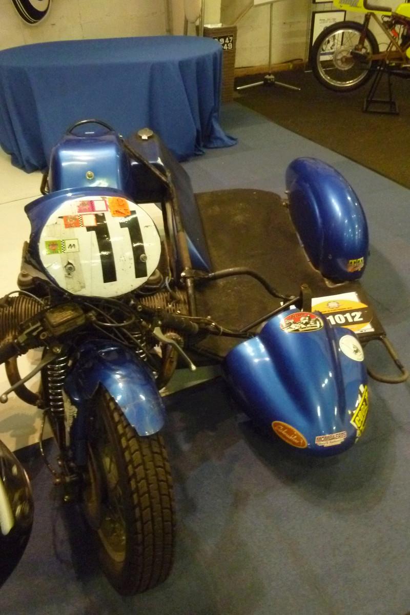 MOTOS - SOLEX - VELOS - SCOOTERS - CYCLES DE TOUTES ESPECES  - Page 2 Motos_11