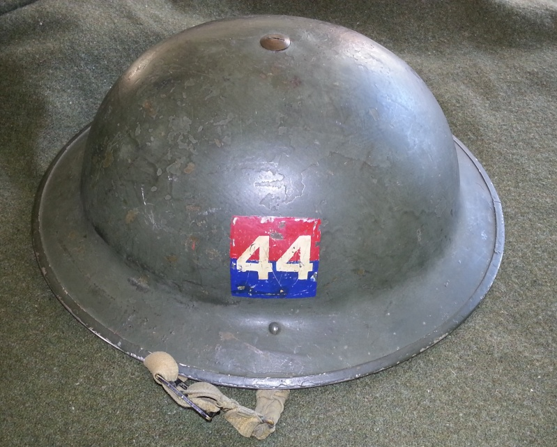 Lets see your favorite worn Canadian/Commonwealth helmets with nice aged patina 20131012
