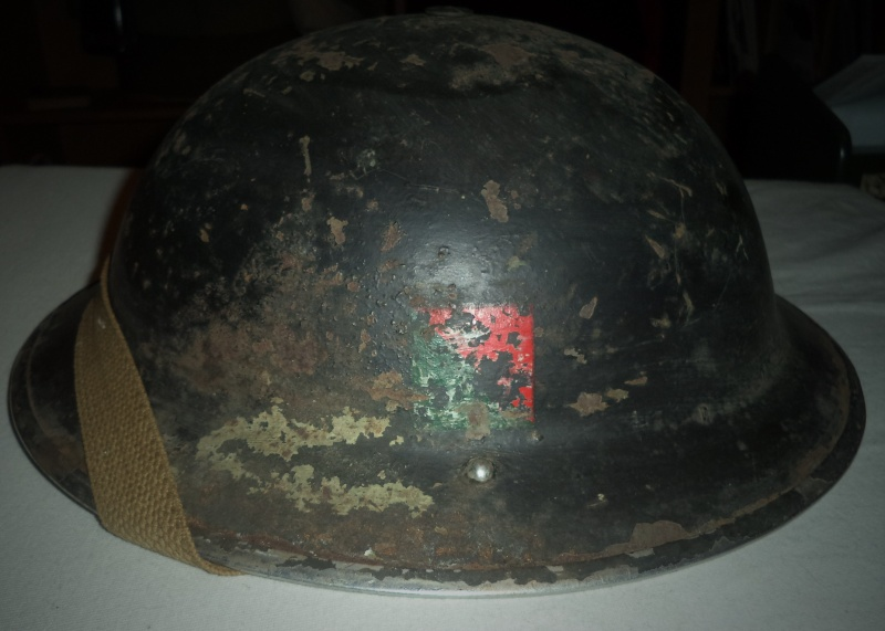 WW II Canadian Helmets - Page 4 Dsc02110