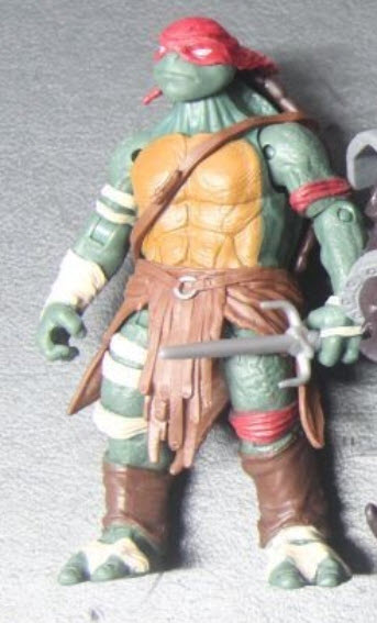 Ninja Turtles (2014) : Figurines du film Paramount  - Page 2 Raphae10