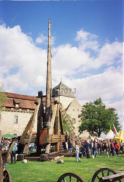 Tribok oder Trebuchet in Eigenkonstruktion aus Holz 19971011