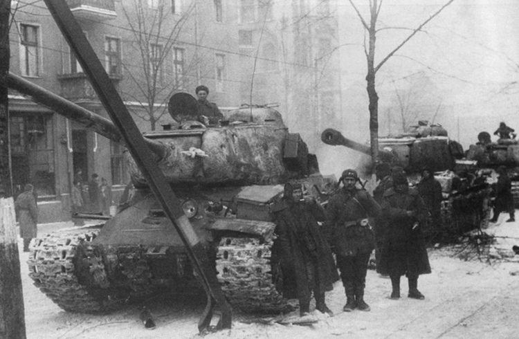 Carro armato sovieico JS 2 Stalin (marioandreoli) 13818110