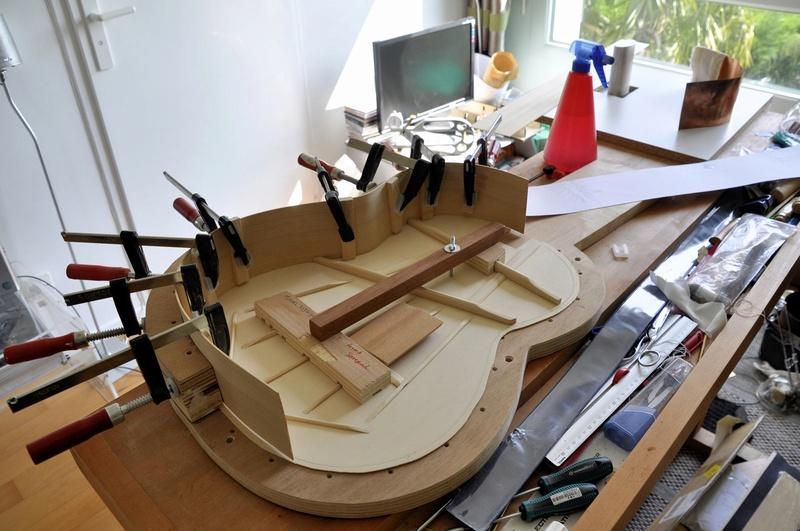 Construire sa guitare ... et plus si affinités avec le travail du bois - Page 5 _dsc0022