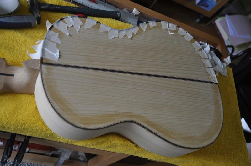 Construire sa guitare ... et plus si affinités avec le travail du bois - Page 7 _dsc0035