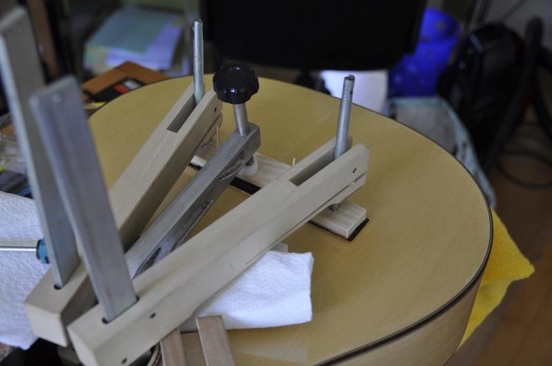 Construire sa guitare ... et plus si affinités avec le travail du bois - Page 7 _dsc0113