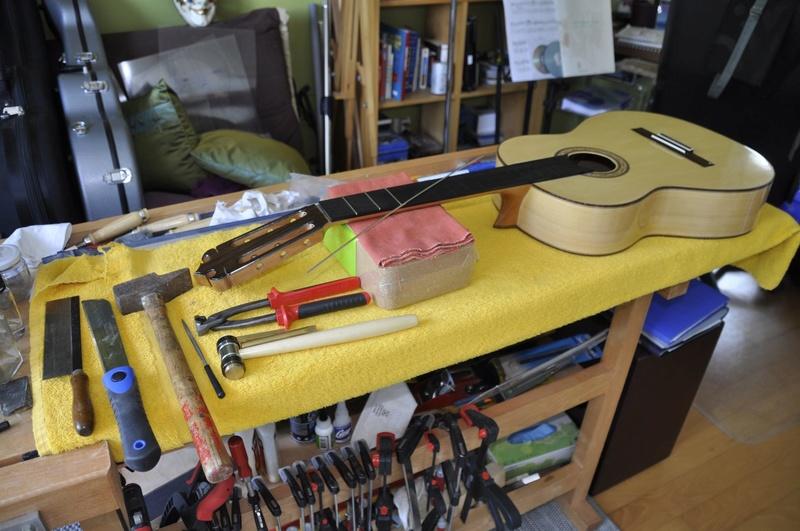 Construire sa guitare ... et plus si affinités avec le travail du bois - Page 7 _dsc0115