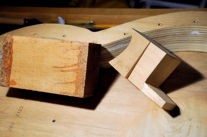 Construire sa guitare ... et plus si affinités avec le travail du bois - Page 4 _dsc1012