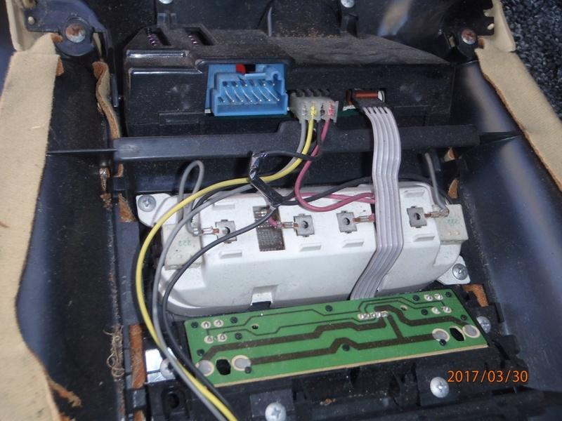 (A Clôturer) Recherche odb plafonnier S2 V6 3.3  P3300012