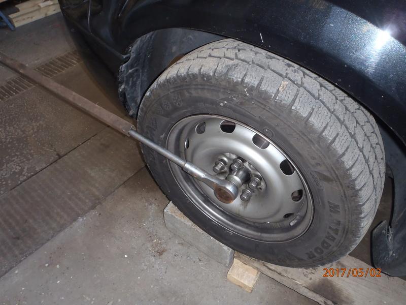 Probleme de roulement avant  P5020012