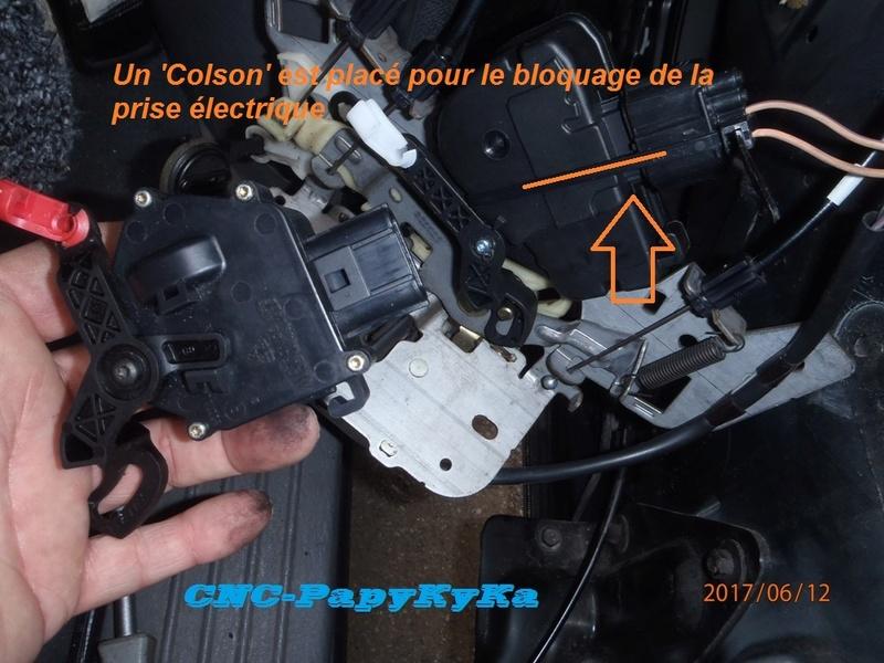 moteur centralisation des portes arrieres P6120032