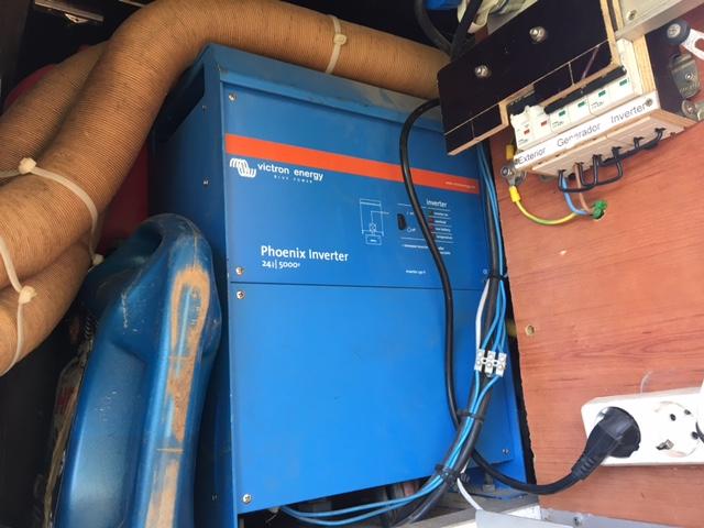 A vendre inverter Victron Phoenix 24-5000 Img_1913