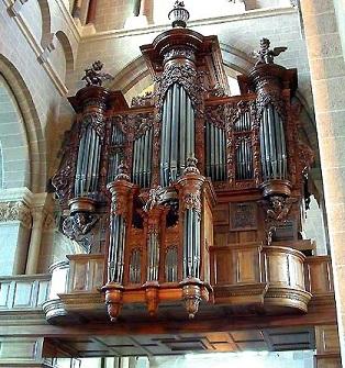 F. Couperin : les deux Messes pour orgue - Page 2 Puy_en10