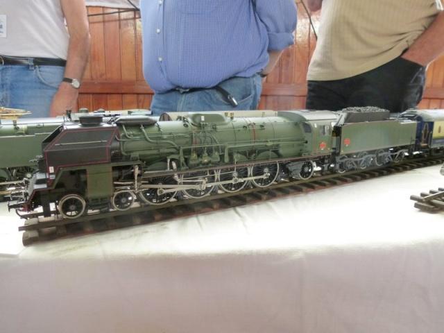 Expo de Yerres Novembre 2013 Superbes locos vapeur Expo_y31
