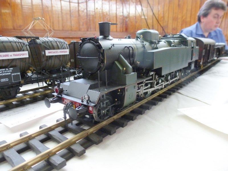 Expo de Yerres Novembre 2013 Superbes locos vapeur Expo_y35