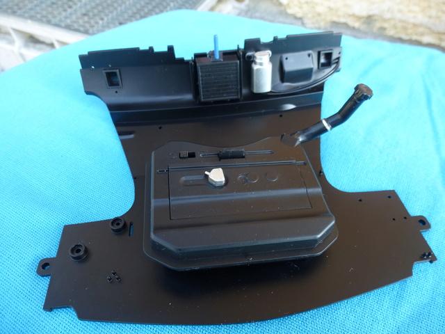 """Suite du montage chassis de ma """"Gordini"""" P1090921"""